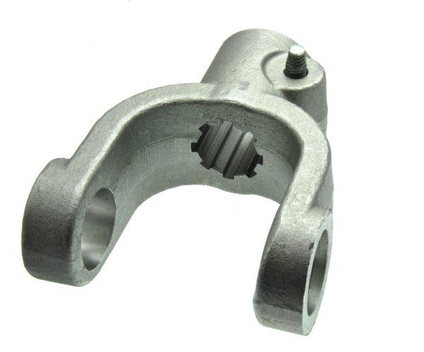 Вилка AP.A-630 на 8 шлицов (8*32*35) на крестовине 39*118 (ЗИЛ): Концевые вилки для карданов от Прогресс-К Херсон